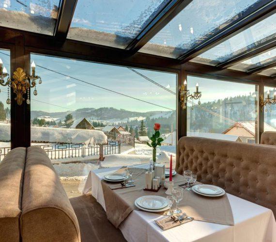 Выгодный летний отдых в Карпатах с бассейном и видом на горы